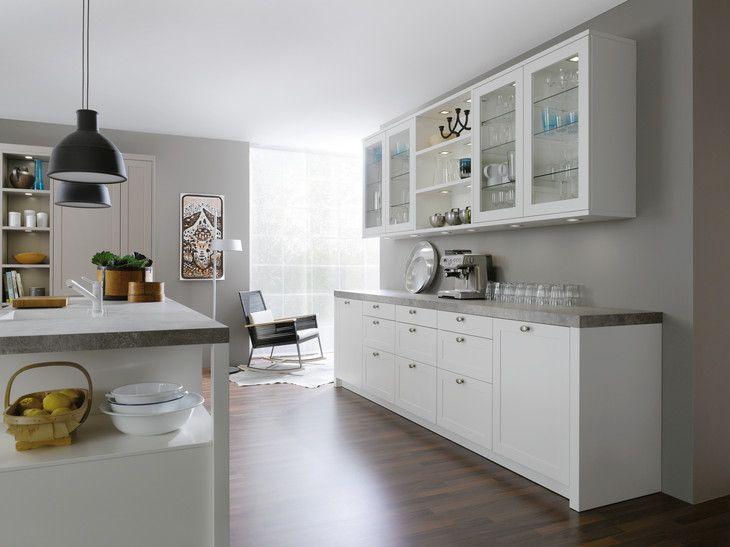 The serene, minimalist kitchen by LEICHT Kitchens Design Centre