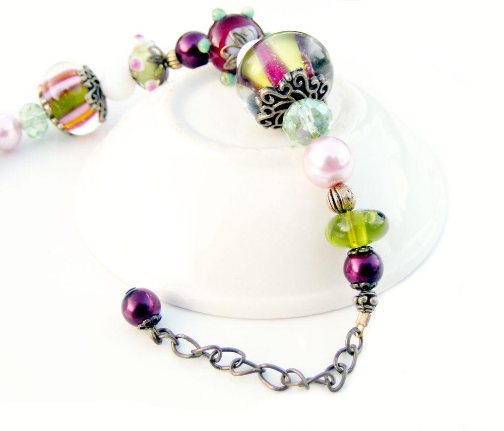 Best Plum And Forest Green Lampwork Glass Jester Bracelet Ooak 640 x 480