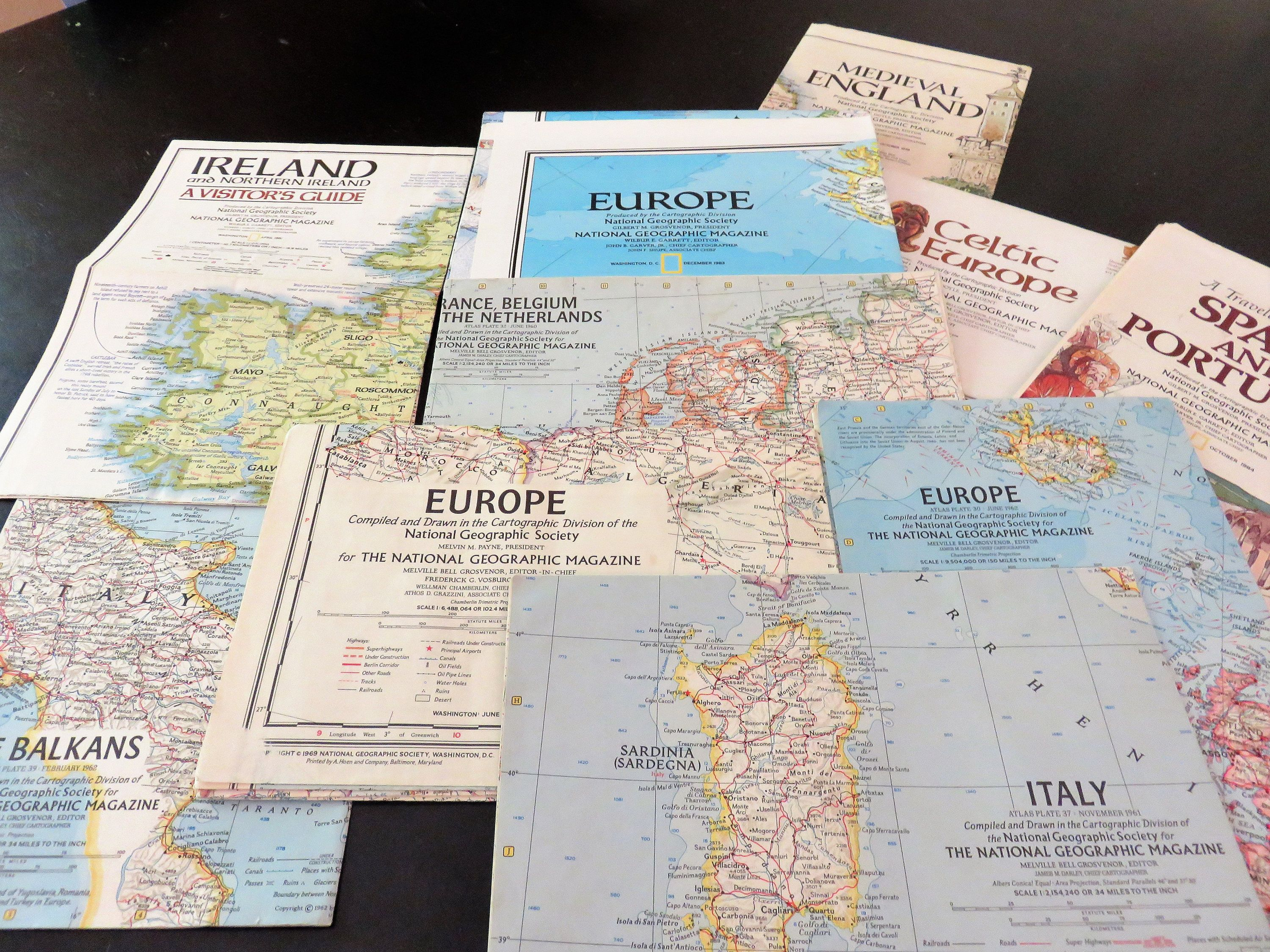 National Geographic Map Set, Ten Paper Maps of the Europe