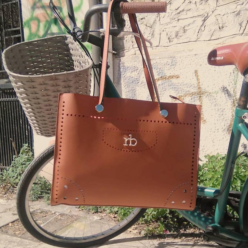 acb4a1df8d Ταμπά τσάντα ώμου Roccobarocco Valentino