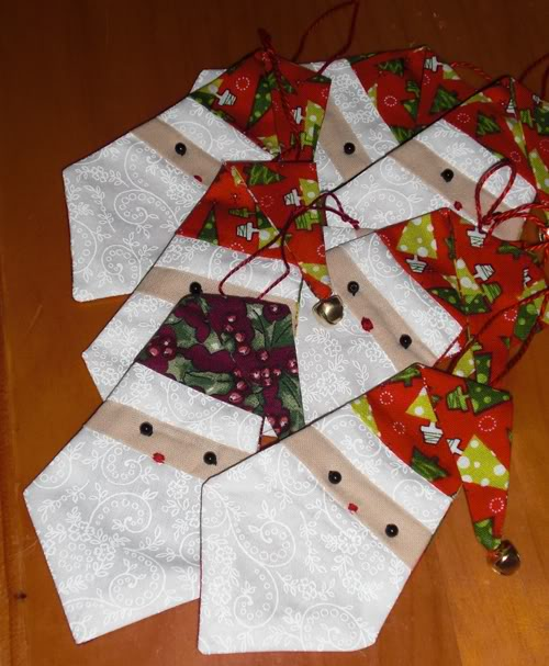 Today sweet Hazel is our hostess for the September Christmas Quilt ... : christmas quilting projects - Adamdwight.com