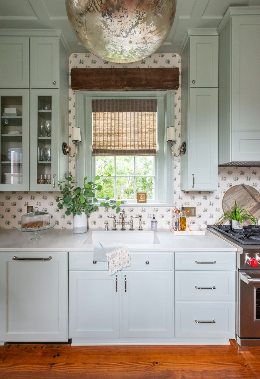 My Savannah Home Kitchen Tour Part I Lavin Label In 2020 Home Kitchens Coastal Cottage Kitchen Cabinets Kitchen Inspirations