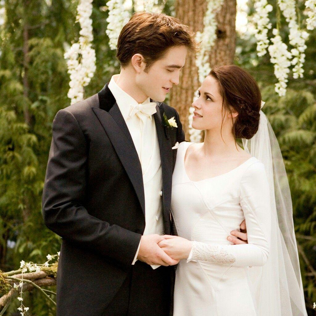 Pin von Anahí auf Twilight Saga  Film hochzeit, Breaking dawn
