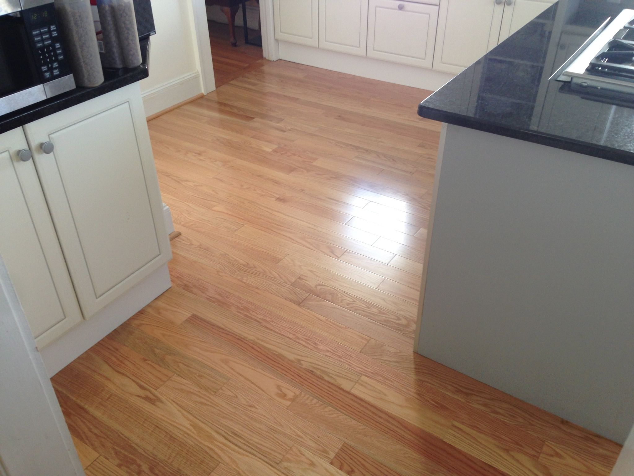 3 1 4 Somerset Color Plank Engineered Red Oak Natural Hardwood Installed In A Kitchen Hardwood Floors Floor Colors Home Remodeling