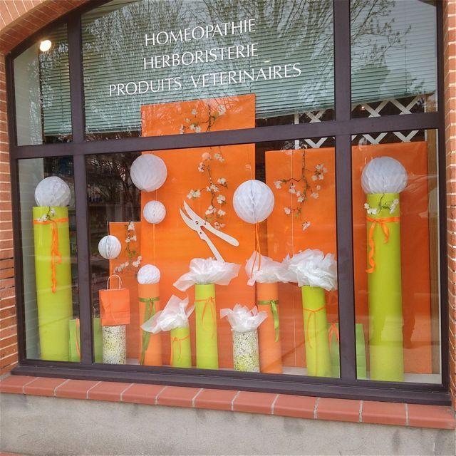 pinterest decoration vitrine printemps d coration vitrine 5 11 decoration vitrine. Black Bedroom Furniture Sets. Home Design Ideas
