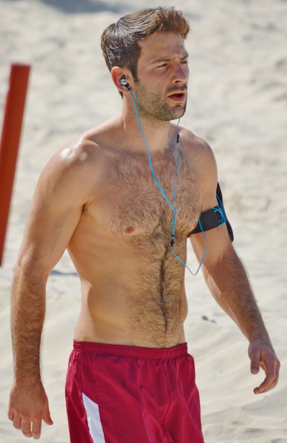 working out on the beach | male inspiration | pinterest | hairy
