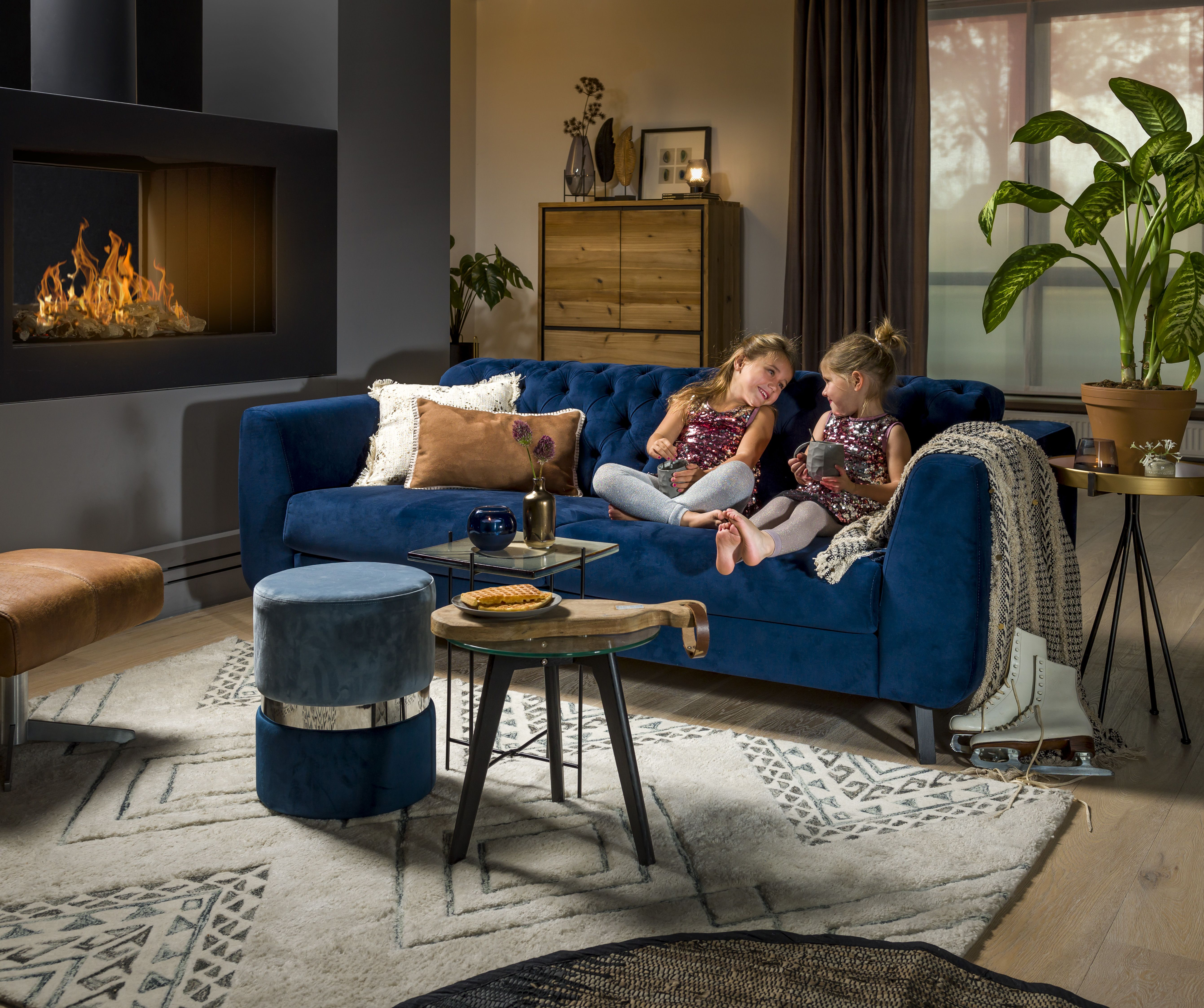 Pin By Abitare Living On Henders Hazel Luxembourg Un Interieur Chaleureux Familial Et Durable Furniture Outdoor Furniture Sets Home Decor