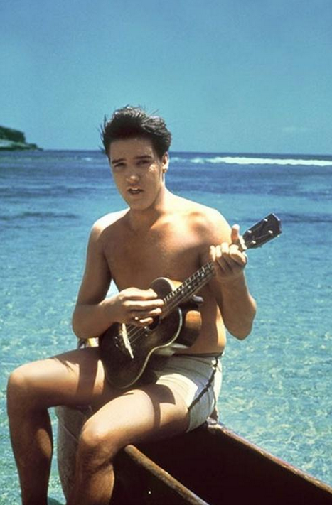 Elvis Presley, Hawaii, 1960.