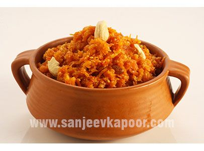 A famous indian dessert carrot halwa made easy using microwave a famous indian dessert carrot halwa made easy using microwave forumfinder Gallery
