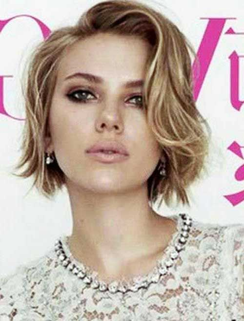 Must See 30 Short Haircuts For Wavy Hair Haircuts 2016 Hair Hairstyle Ideas And Tren Square Face Hairstyles Haircuts For Wavy Hair Square Face Short Hair