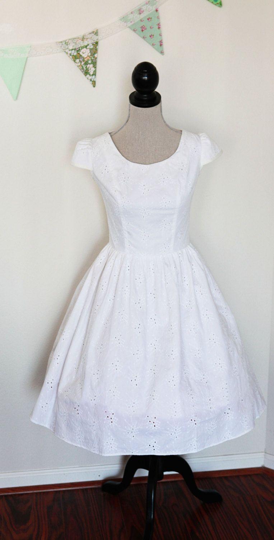 Short Cotton Eyelet Wedding Dress Size X Large 179 00 Via Etsy