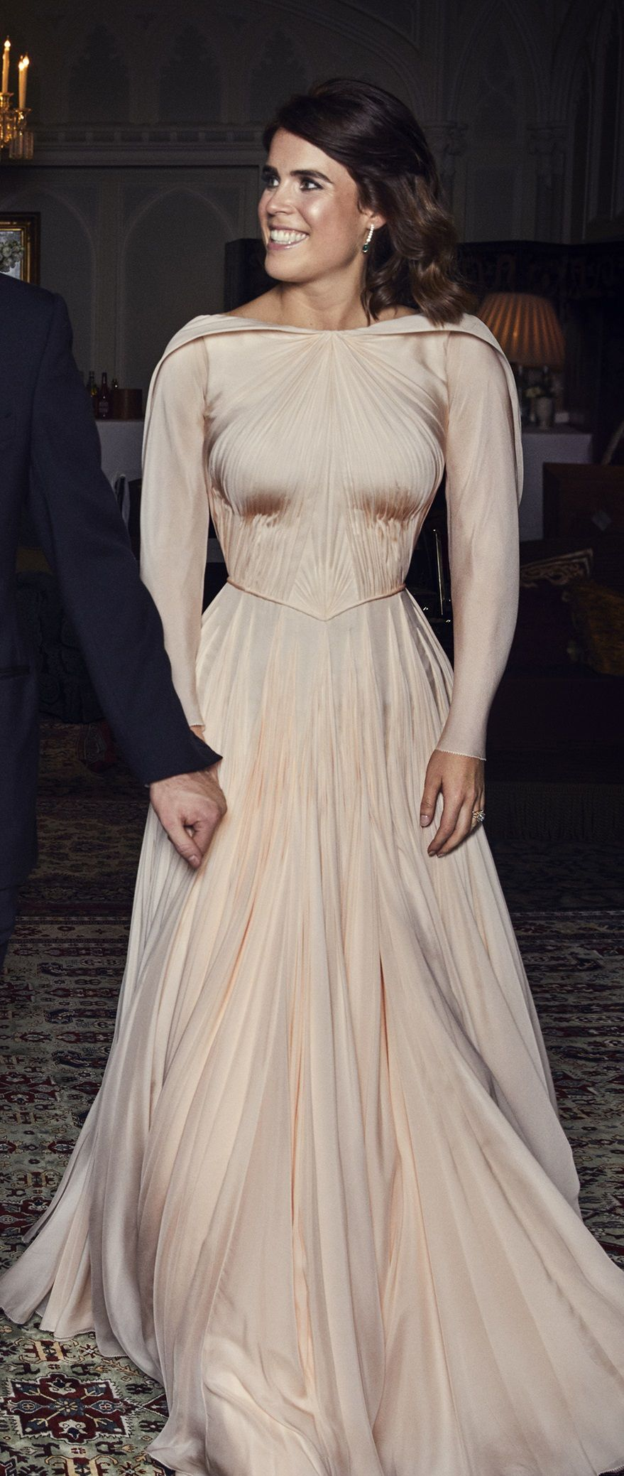 Princess Eugenie Wore An Evening Gown Designed By Zac Posen On Her Wedding Reception Dresses Royal Dresses Eugenie Wedding [ 2077 x 879 Pixel ]