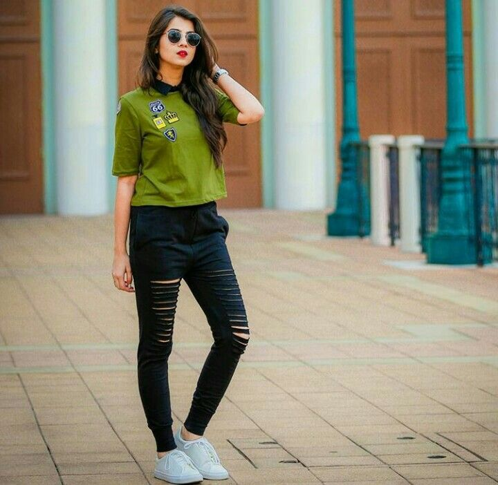 Pin By Aiman Afridi Kk On Fabulous Dpzz Girl Fashion Fashion Outfits