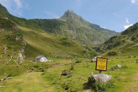 Les visiteurs des belles montagnes béarnaises réservent de plus en plus par Internet et les Animateurs numériques de territoires sont là pour accompagner les professionnels du tourisme