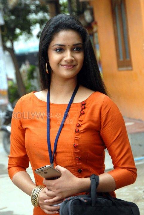 Friendly Movies Heroine Keerthi Suresh Photos 05  Most -8582