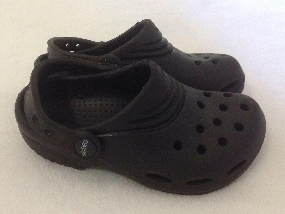 b4d134fbe73ebe Children s Jibbitz Crocs Shoes Sz 10 11 Clogs Black Slip On Sandals Beach Pool   Crocs