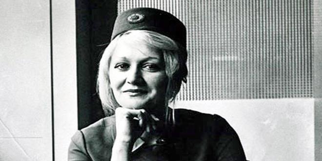 Vesna Vulović fue una exazafata de las líneas aéreas yugoslavas. Tiene el récord del mundo, según el Libro Guinness de los récords, como la persona que ha sobrevivido a una caída libre sin paracaídas desde mayor altura: 10.160 metros.