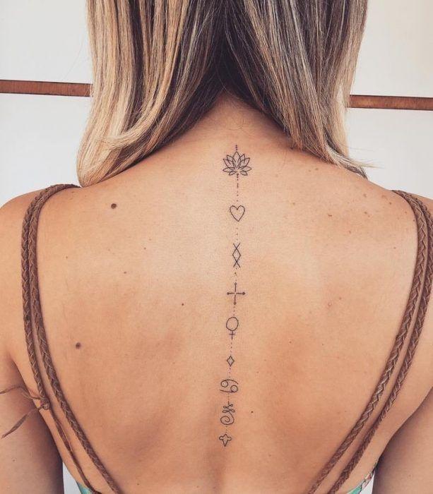 Tatuajes En La Espalda 32 Jpg 613 700 Tatuajes Femeninos Para La Espalda Tatuajes Florales Tatuajes Delicados Femeninos