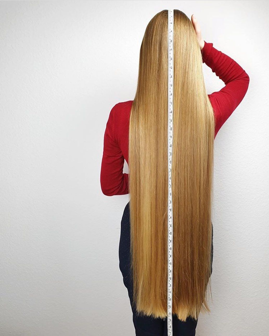 Sexiest Hair On Instagram Real Life Rapunzel Model Poland Square360 Pl Portfolio All In 2020 Long Hair Styles Really Long Hair Beautiful Long Hair