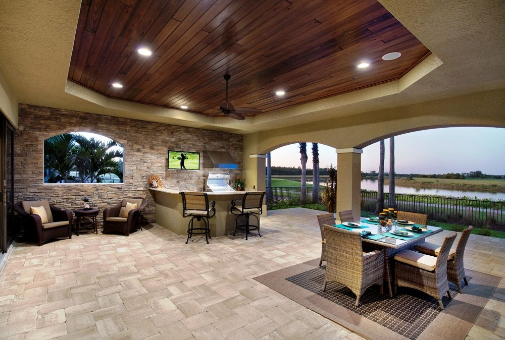 Luxury outdoor kitchens outdoor entertainment center for Luxury outdoor kitchen