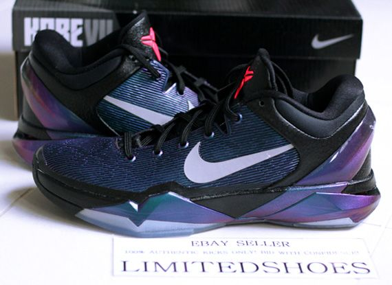 timeless design 7fbfc 6eb12 Nike Zoom Kobe 7 Invisibility Cloak Release Reminder