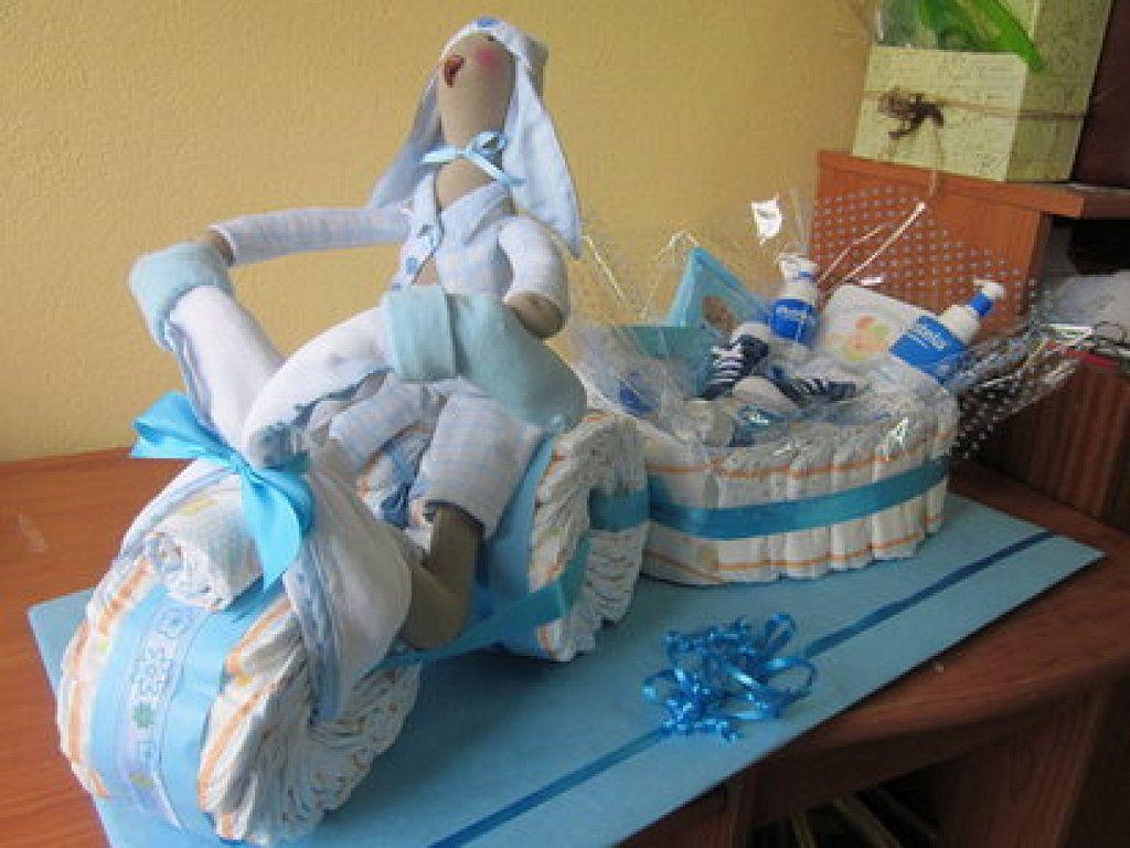 C mo hacer una moto de pa ales para regalar en un baby for Cerco moto gratis in regalo