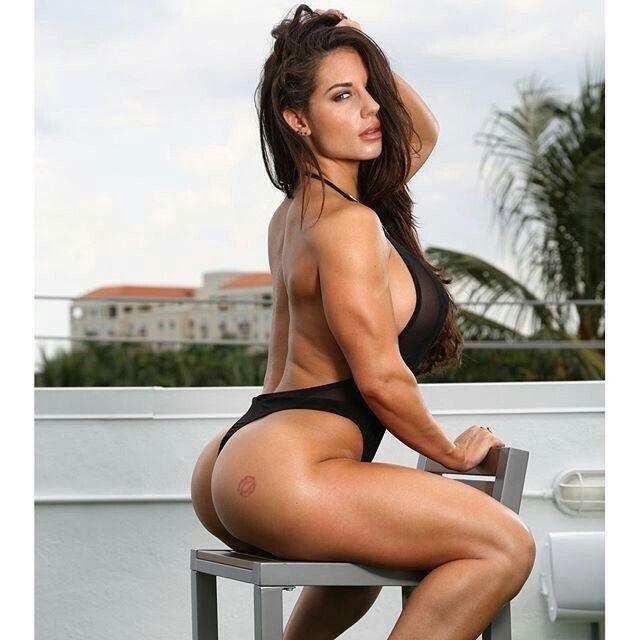 beautiful nude fitness divas