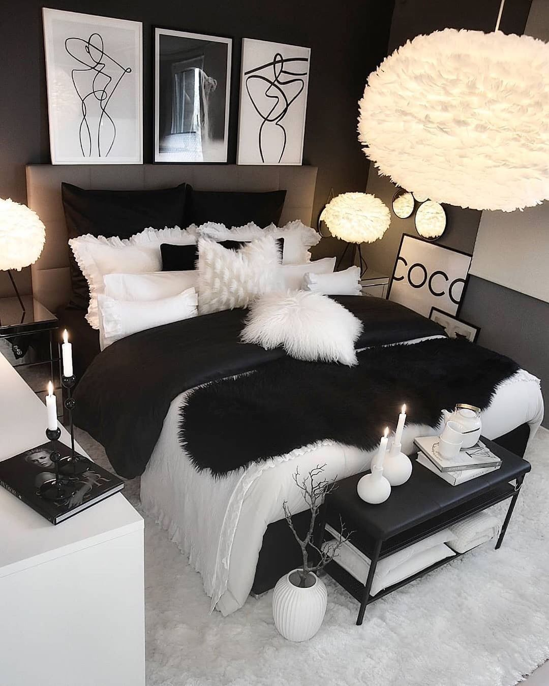 Interioresta On Instagram You Can T Go Wrong With The Styling Of A Black White Room Wh Master Bedrooms Decor Room Ideas Bedroom Room Decor Bedroom