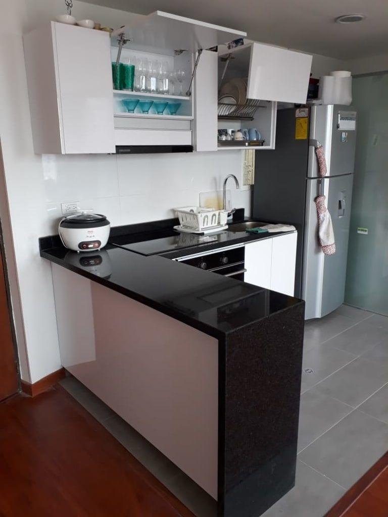 Cocina Espacios Pequenos De Madera Diseno Co Moderno Aglomerado Homify Cocina Espacio Pequeno Cocinas De Casas Pequenas Diseno Muebles De Cocina