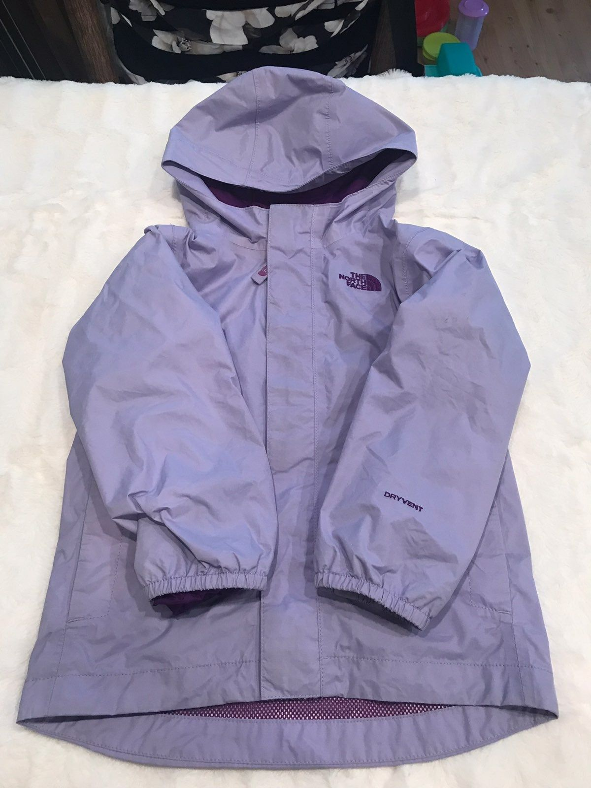 Super Cute Light Purple With Hood Dryvent Series Pet And Smoke Free Home 4t Girls North Face Jacket North Face Girls North Face Jacket [ 1600 x 1200 Pixel ]