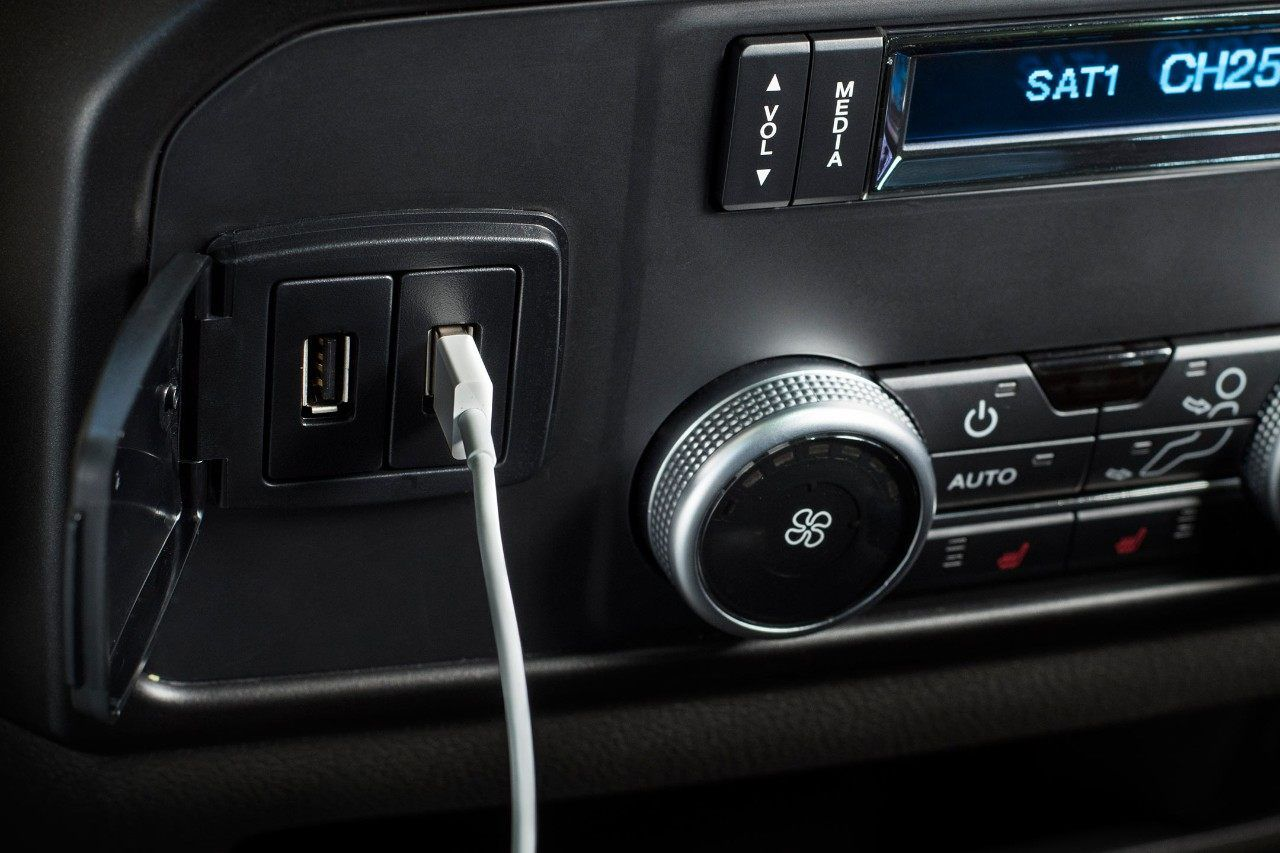 The 2018 Ford Expedition Is Available With Up To Six Usb Ports