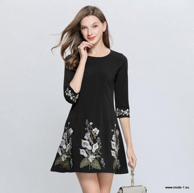 Sommerkleid 2019 Schwarzes Kurzarm A Linie Kleid Mit Blumen Stickerei Sommerkleid Kleider Damen Mode