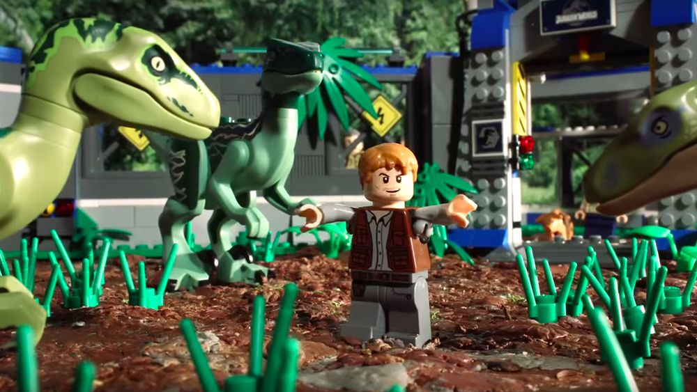 Watch JURASSIC WORLD Told in 90 Seconds With LEGO (con