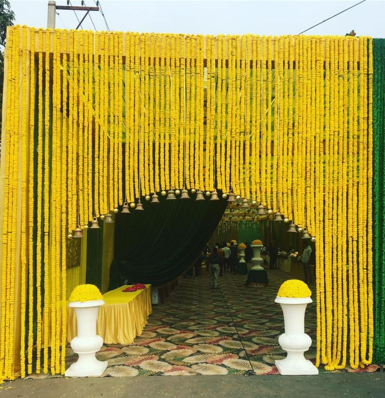 Decor Trends: Cute Ways To Use Genda Phool In Wedding Decor