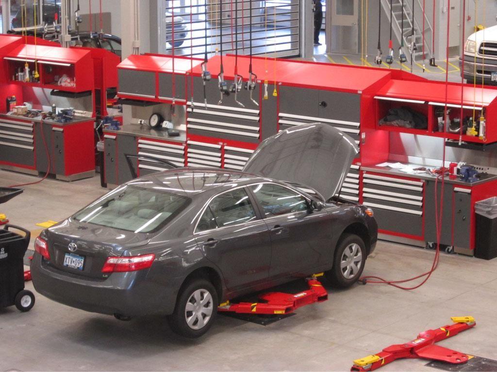 Luther Brookdale Toyota Scion Mn Service Department Rousseau Metal Cabinets Shelving S Garage Design Car Showroom Design Workshop Shed
