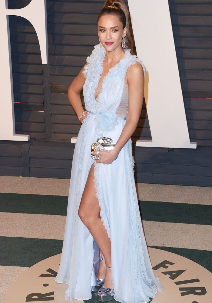 7ca0a458854 Jessica Alba at the Vanity Fair Oscar Party at the Wallis Annenberg Center  for the Performing Arts in Beverly Hills