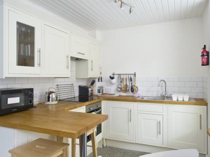 Destiny Scotland - Rose St Apartments Deals & Reviews ...