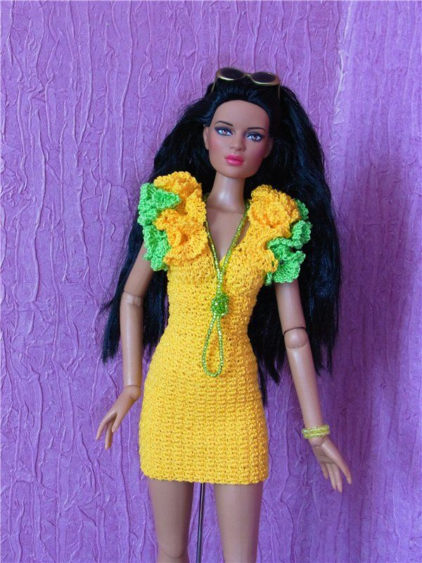 Olesya - Kimberly Club. Les vêtements pour les poupées.