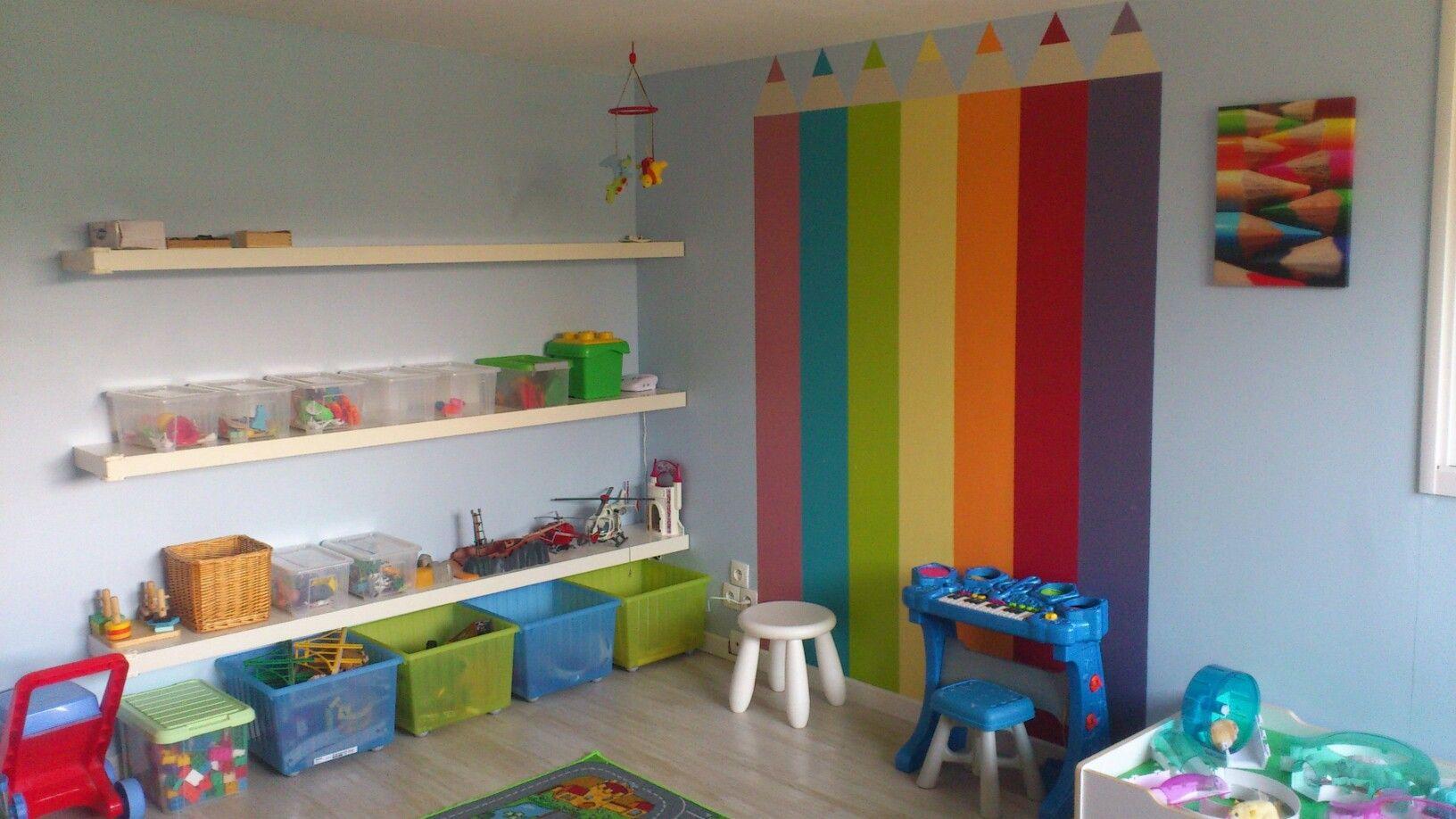autre vue de la salle de jeux id es salle de jeux. Black Bedroom Furniture Sets. Home Design Ideas