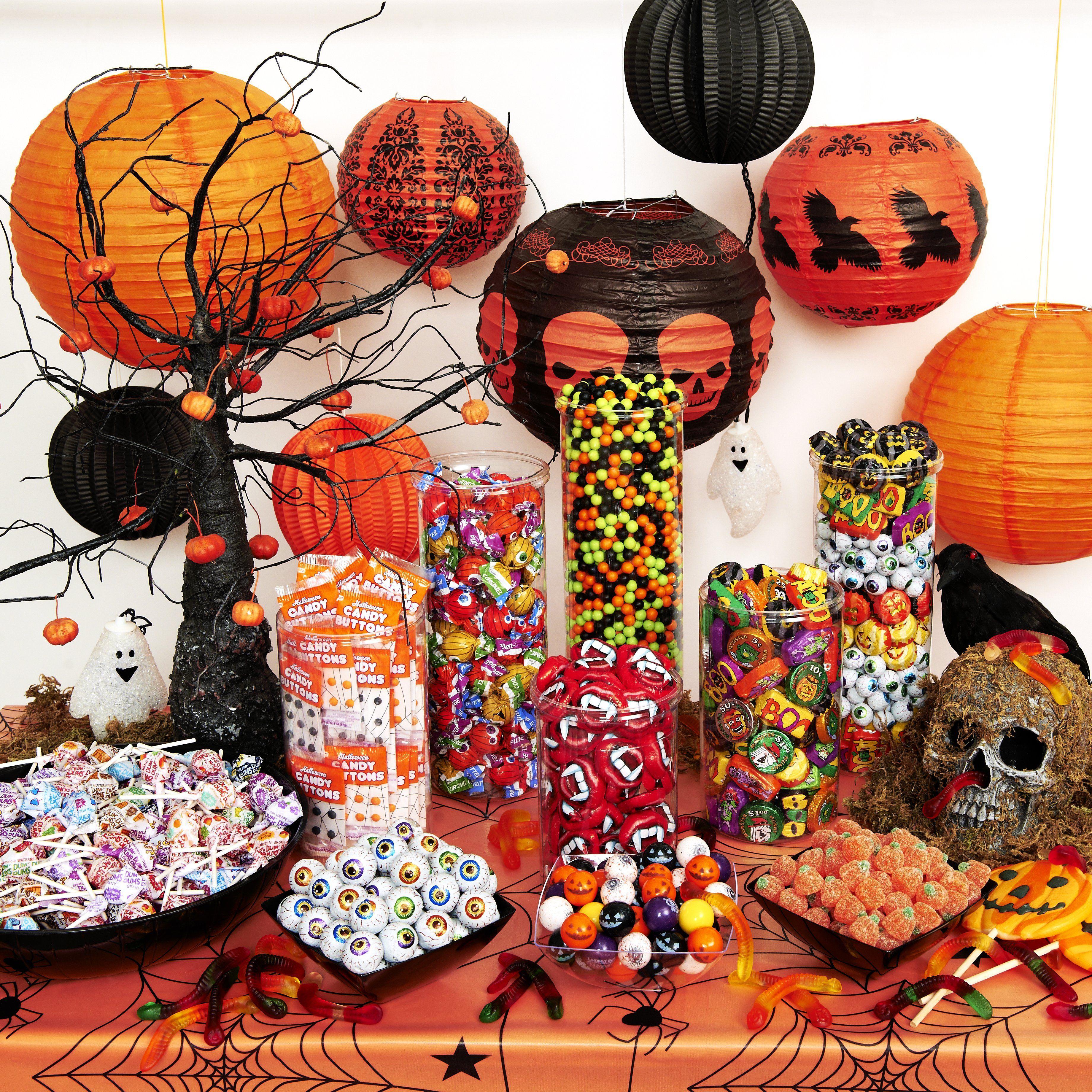 Halloween buffet table - Halloween Candy Buffets Halloween Candy Buffet Table