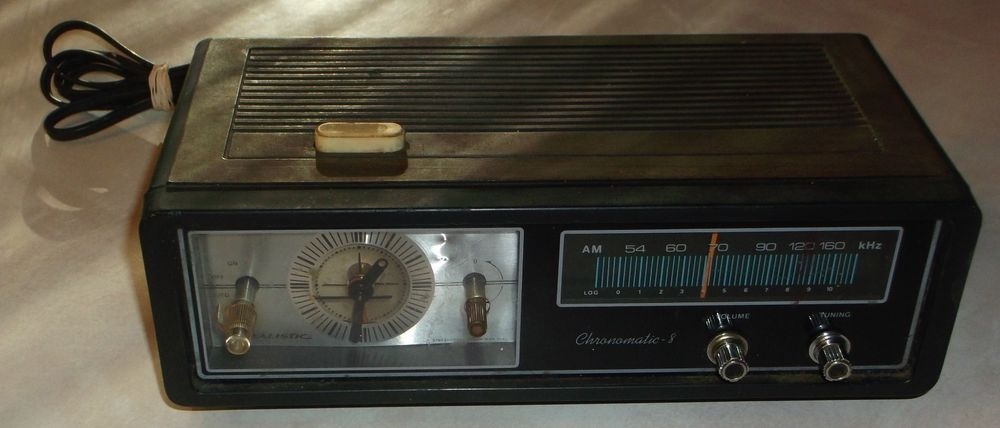 This is a pre-owned radio.  It has been tested and come on.  I am not sure how well the reception picks up.  There is a light by the clock but, is dim.  The hands on the clock move as they should.  There are some blemishes or imperfections cosmetically showing age or use.  This is sold AS IS with no guarantees or returns.  Please see all pictures for details.<br/><br/>This is a pre-owned radio. It has been tested and come on. I am not sure how well the reception picks up...