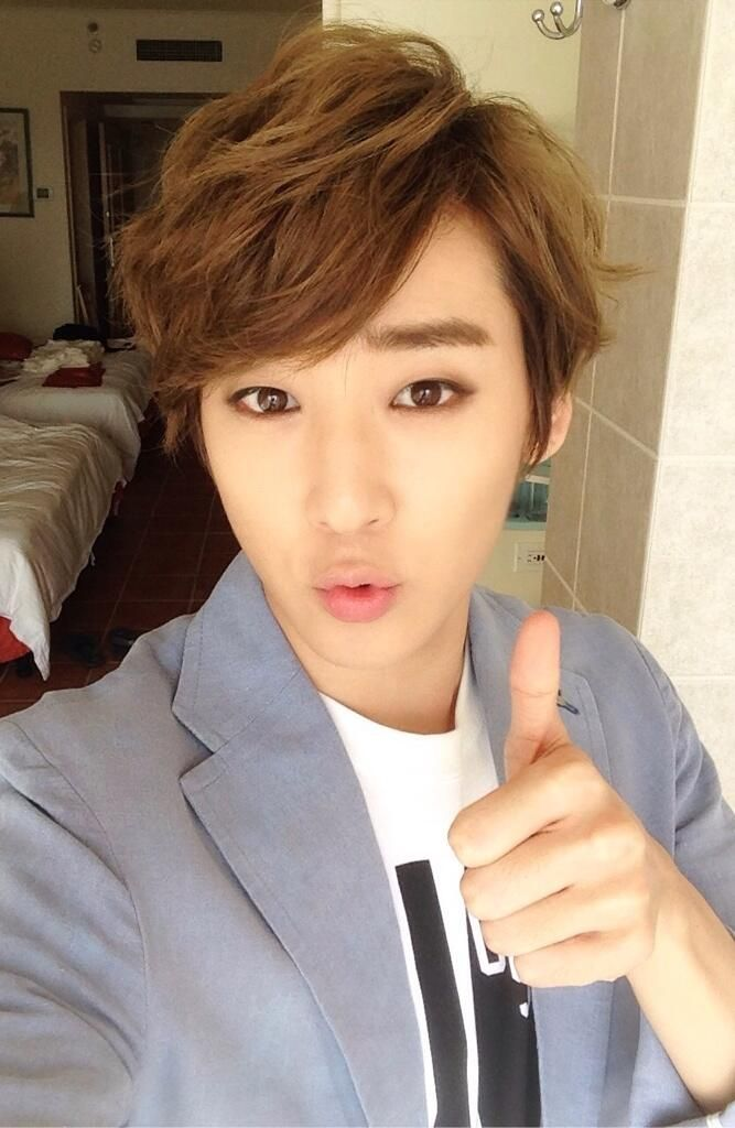 Kevin Woo On Twitter U Kiss Kevin Celebrities Male