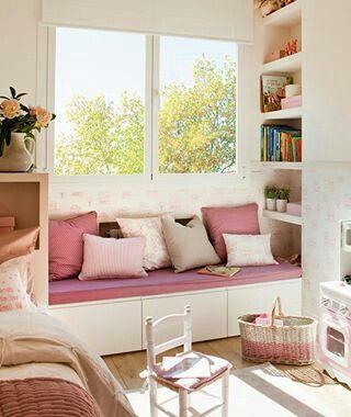 Banco bajo ventana muebles habitaciones ni a - Sillones pequenos para dormitorios ...