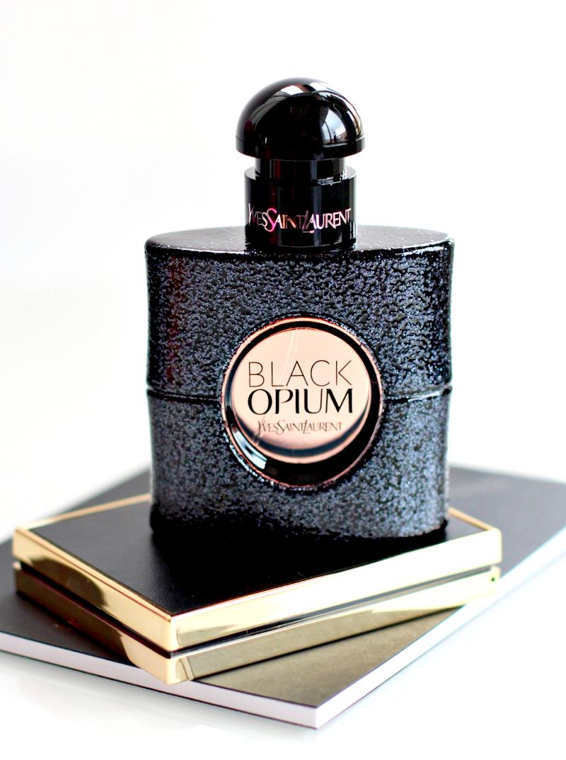 Pin de Ana Konstantina Pavlovic en Perfume (con