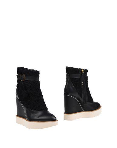77ce56d58225 PALOMA BARCELÓ Ankle boot.  palomabarceló  shoes