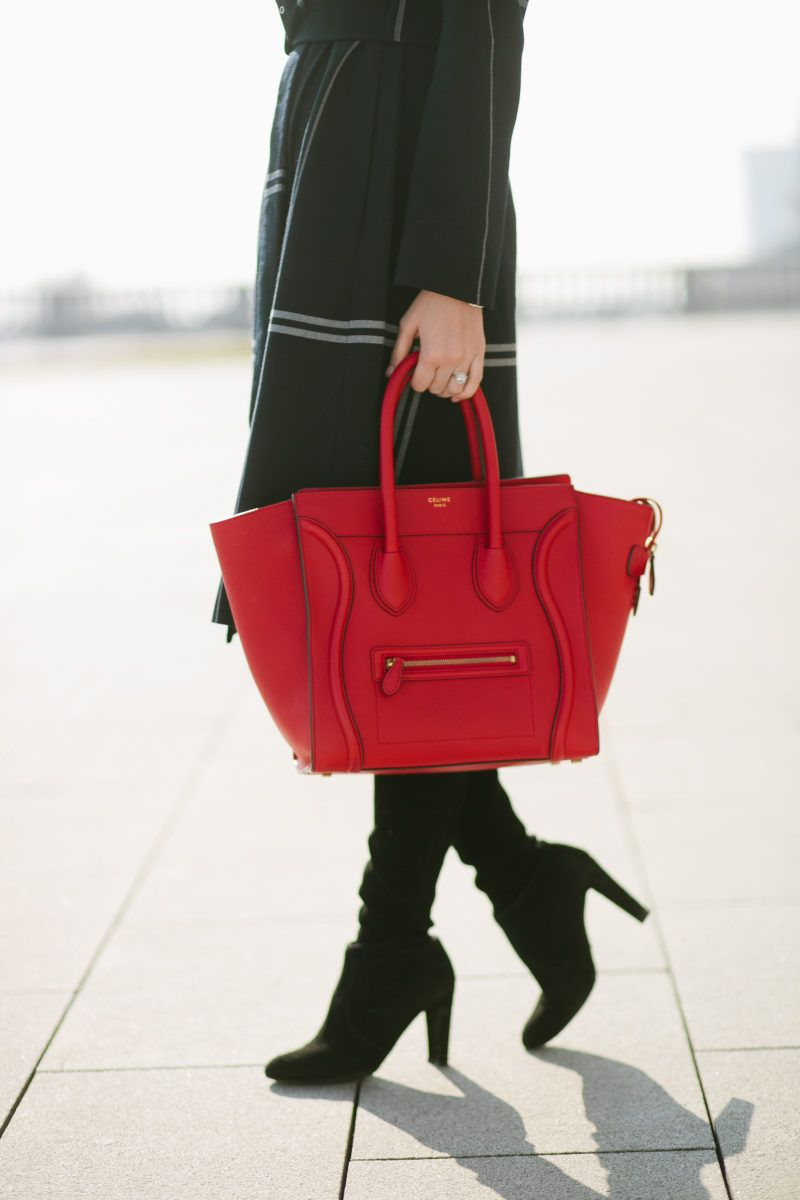Pop Of Red In 2019 Handbag Fashion Bags