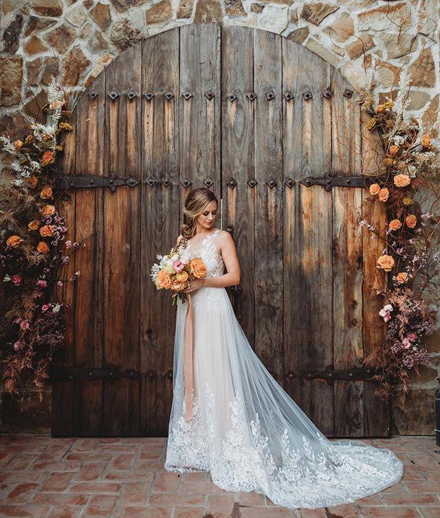 Real Fairytale Weddings: A Real Life Fairy Tale Wedding! The Stunning @annaliesep