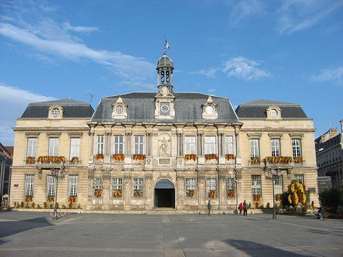 Troyes Town Hall Aube Champagne Ardenne Champagne Ardenne Is A