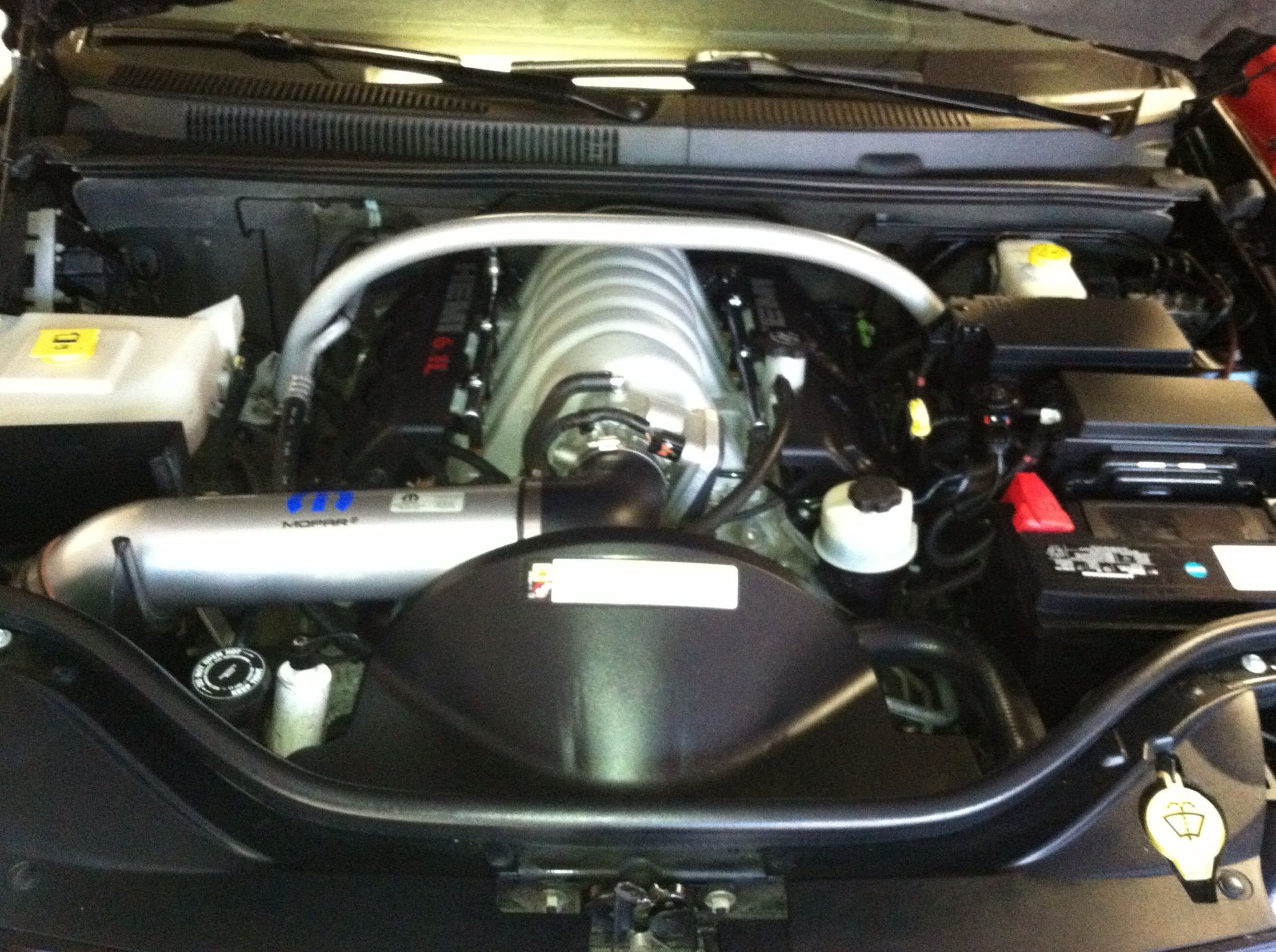 Weathertech floor mats grand forks - 2010 Jeep Grand Cherokee Srt8 6 4l V8 420hp Engine With Mopar Cold Air Intake