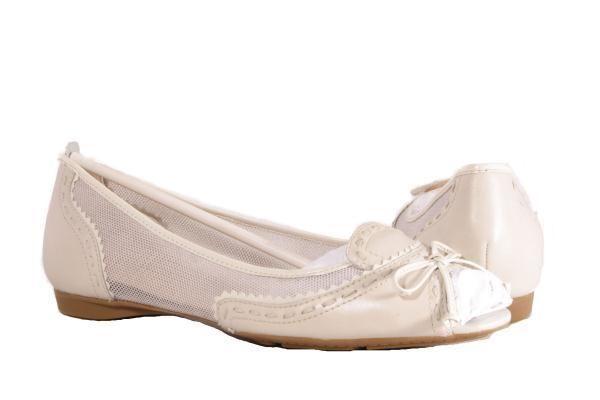 NEW CIRCA JOAN DAVID Walta Ivory Flats Open Toe Womens Shoes 10 NIB